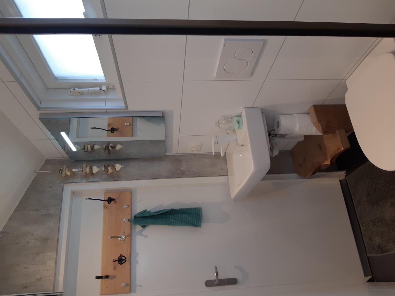 Wastafel & Toilet Boswei | Duinweg33 Vakantieverhuur